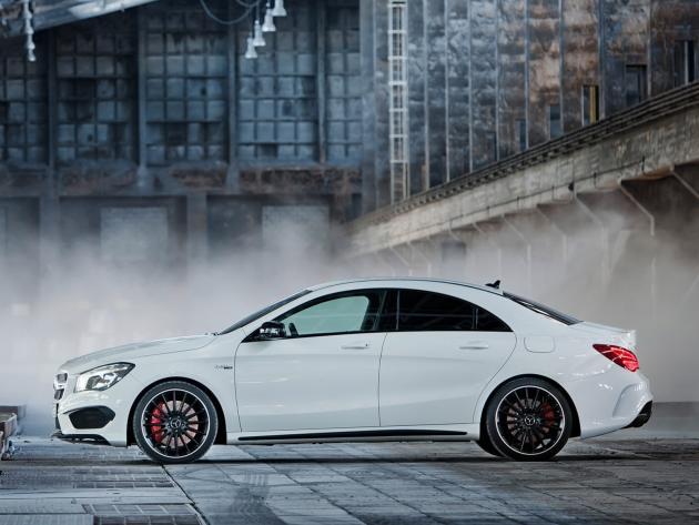 New MercedesBenz CLA 45 AMG Sports Sedan with 355HP  FOOYOH