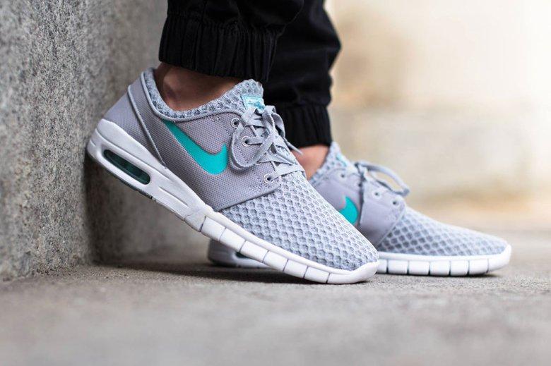 Nike Janoski Max On Feet Women