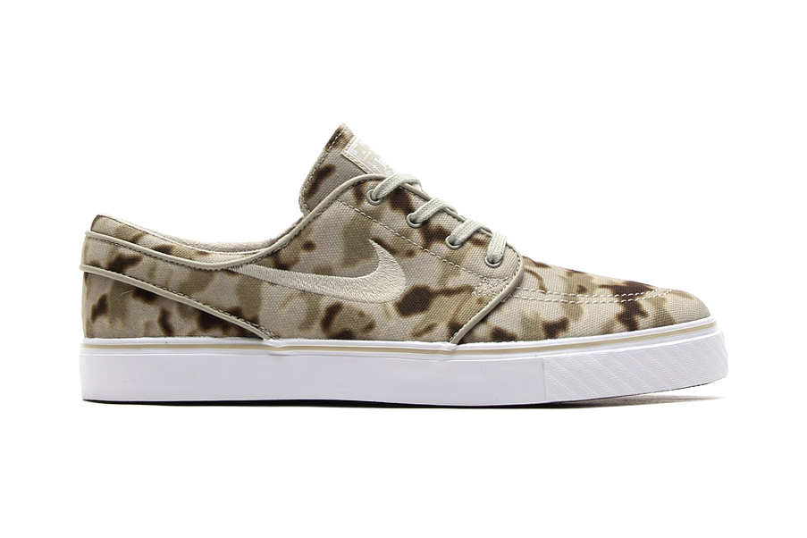 """uk availability 43c97 5fe87 This """"Desert Camo"""" edition of the Nike SB Zoom Stefan Janoski silhouette  features an airy canvas upper with a tonal beige and brown military print."""