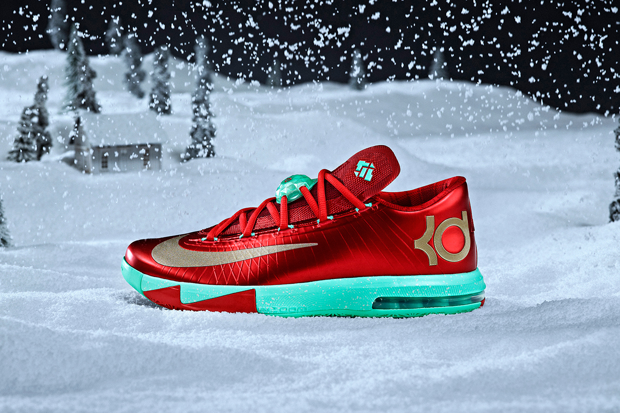 ceb48b5540c4 Nike Basketball 2013 Christmas Pack    FOOYOH ENTERTAINMENT