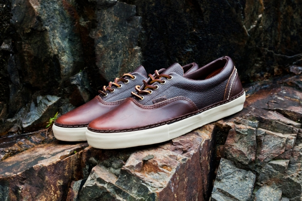 """b6b6c7b70501d5 Expect a release soon at select vault dealers sometime this Fall. Related  Videos. Shoe Review  Vans Vault x Taka Hayashi """"Horween"""" TH OG Sk8-Mid"""