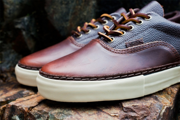 9a1282e8620894 Vans teams up with Chicago tannery Horween Leather on an encompassing  collection which includes this unique iteration of the Era Horween LX.