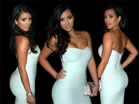 kim kardashian poses nude
