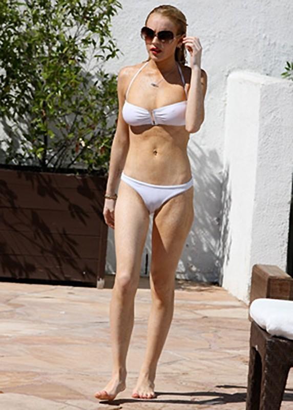 Lindsay Lohan Bikini Pictures :: FOOYOH ENTERTAINMENT линдси лохан