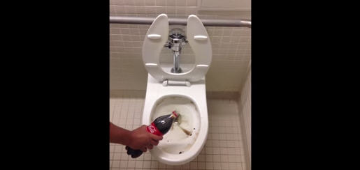 Watch Coke Being Used To Clean A Dirty Toilet [VIDEO] :: Daily K ...