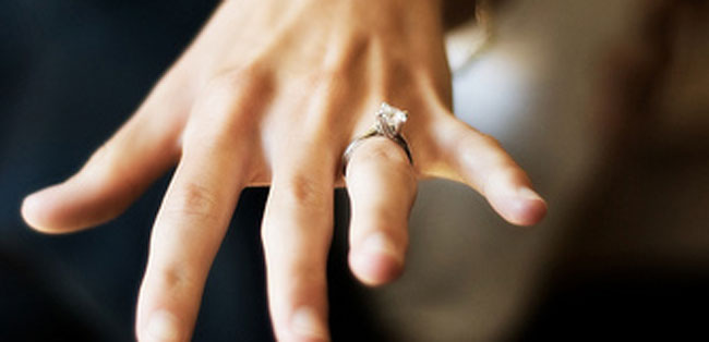10 Things Your Judgmental Friends Will Say When They See Engagement Ring