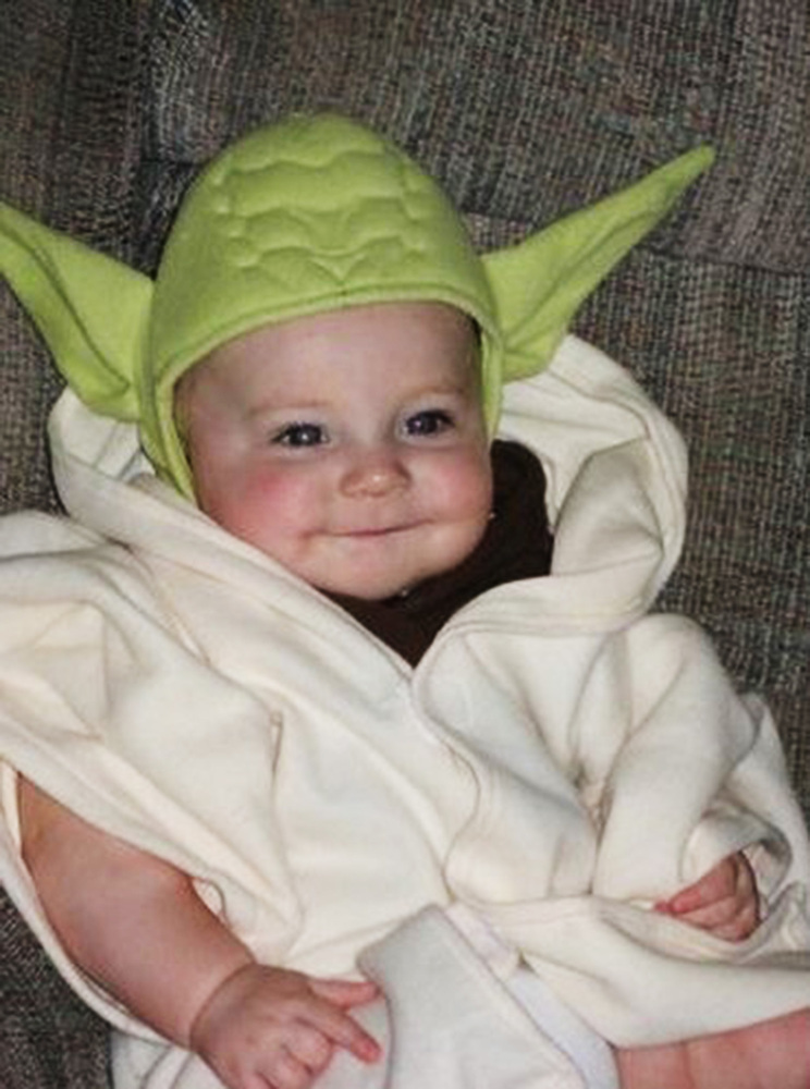 Baby Yoda  sc 1 st  Fooyoh.com & 13 Ridiculously Cute Baby Halloween Costumes You Can Dress Your Kid ...