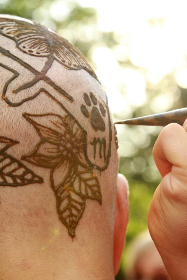 These Cancer Patients Are Proud Of Their 'Henna Crowns