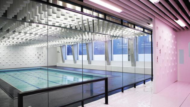 Paris public pool gets makeover with a splash of pink for Paris public pool