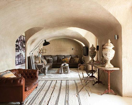 Spanish Farmhouse Interior Gets A Contemporary Makeover