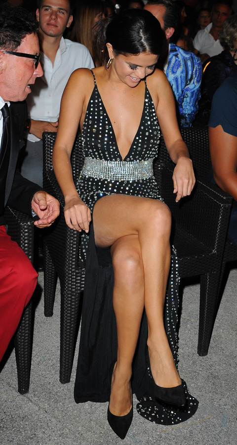 Heres The Weird Phenomenon Of Looking Better In A Dress Than A Swimsuit Selena Gomez Attends The Ischia Global Film Music Festival In Italy
