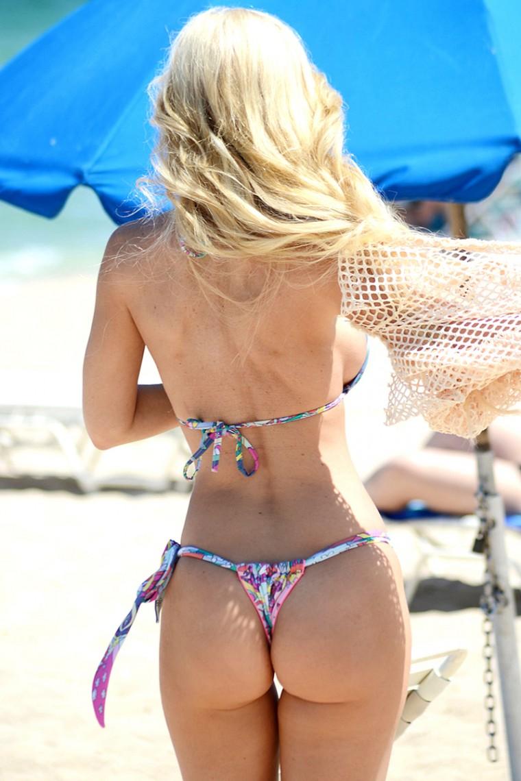 Ana Braga Gets Into A Bikini Daily K Pop News