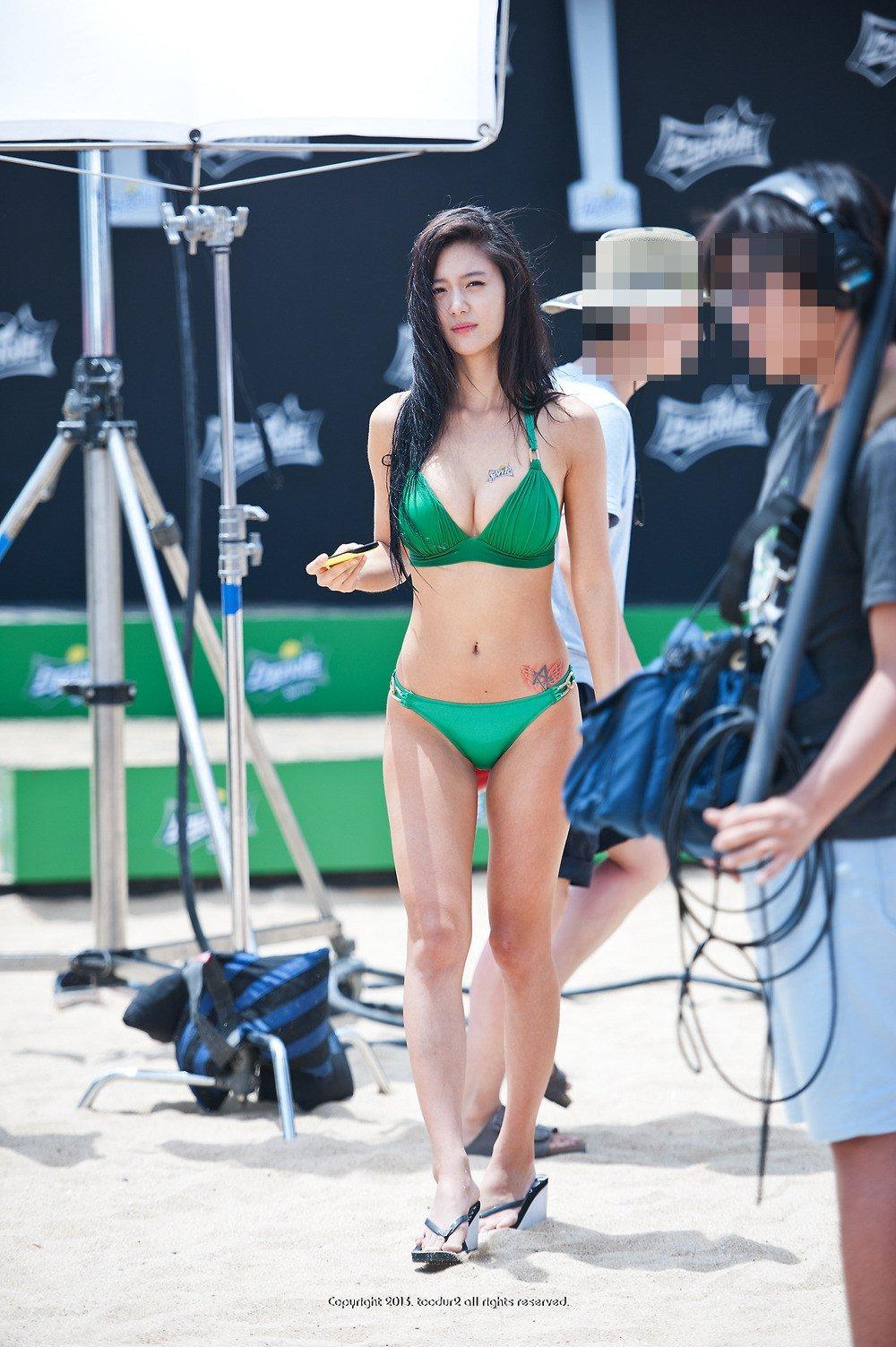 actors bikini A tiny